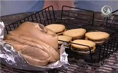 Копченая  свиная рулька с печеными баклажанами